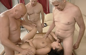 Best Foursome Porn Pictures