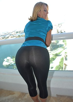 Best Yoga Pants Porn Pictures